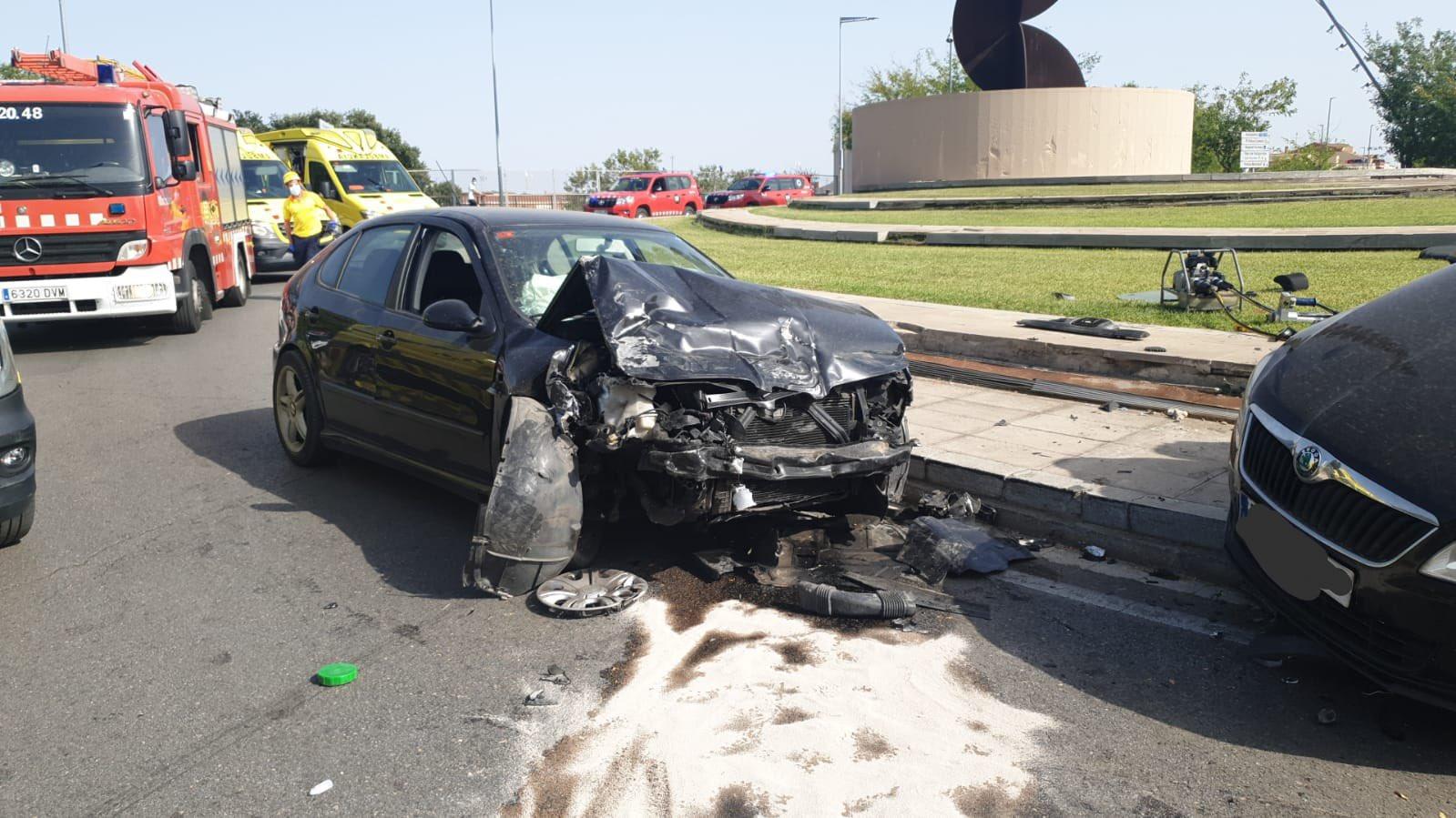 Estat en què va quedar un dels vehicles implicats en l'accident | Policia Municipal de Terrassa