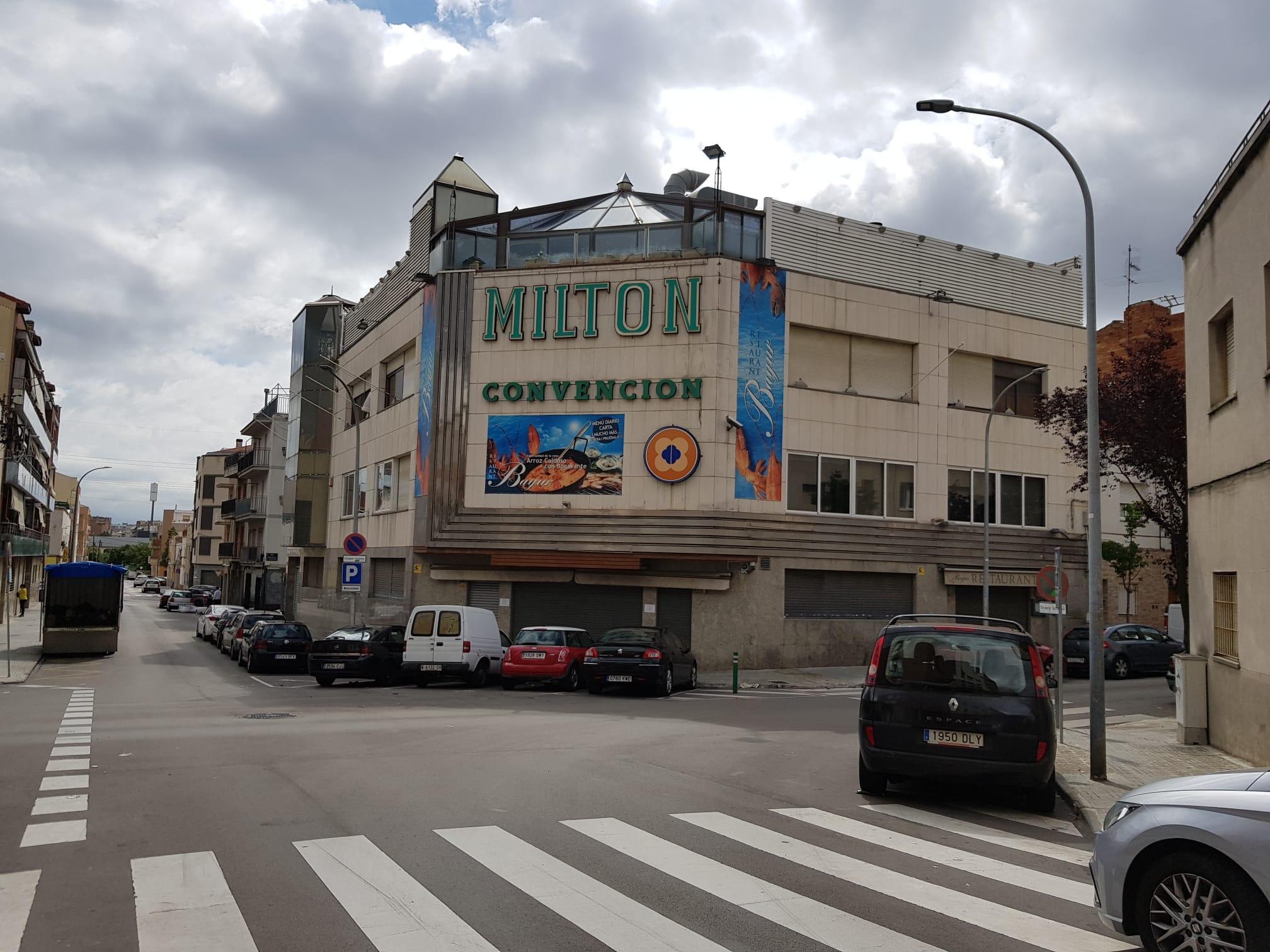 Milton Convention, al carrer San Cosme | Lluïsa Tarrida