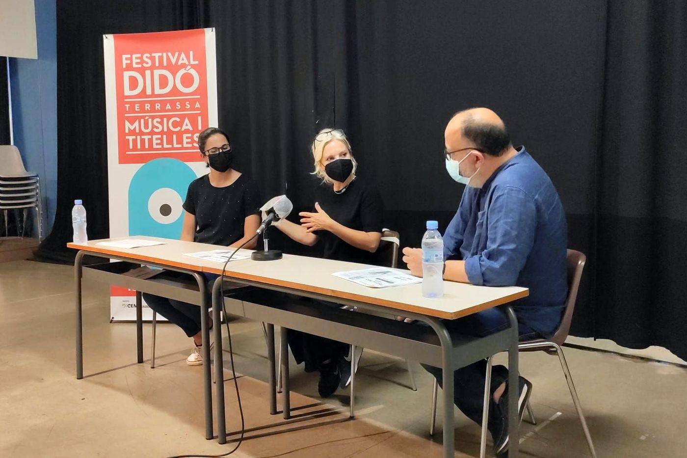 Presentació del Festival Didó Terrassa Música i Titelles; amb Rosa Boladeras i el director del Festival, Ramon Rius; i la coordinadora, Estel Rius | Festival Didó