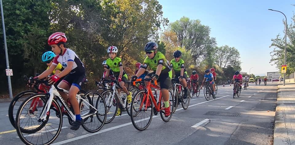 Participants a la Cursa Terrassa Ciutat Europea de l'Esport | Escola Ciclisme Vallès