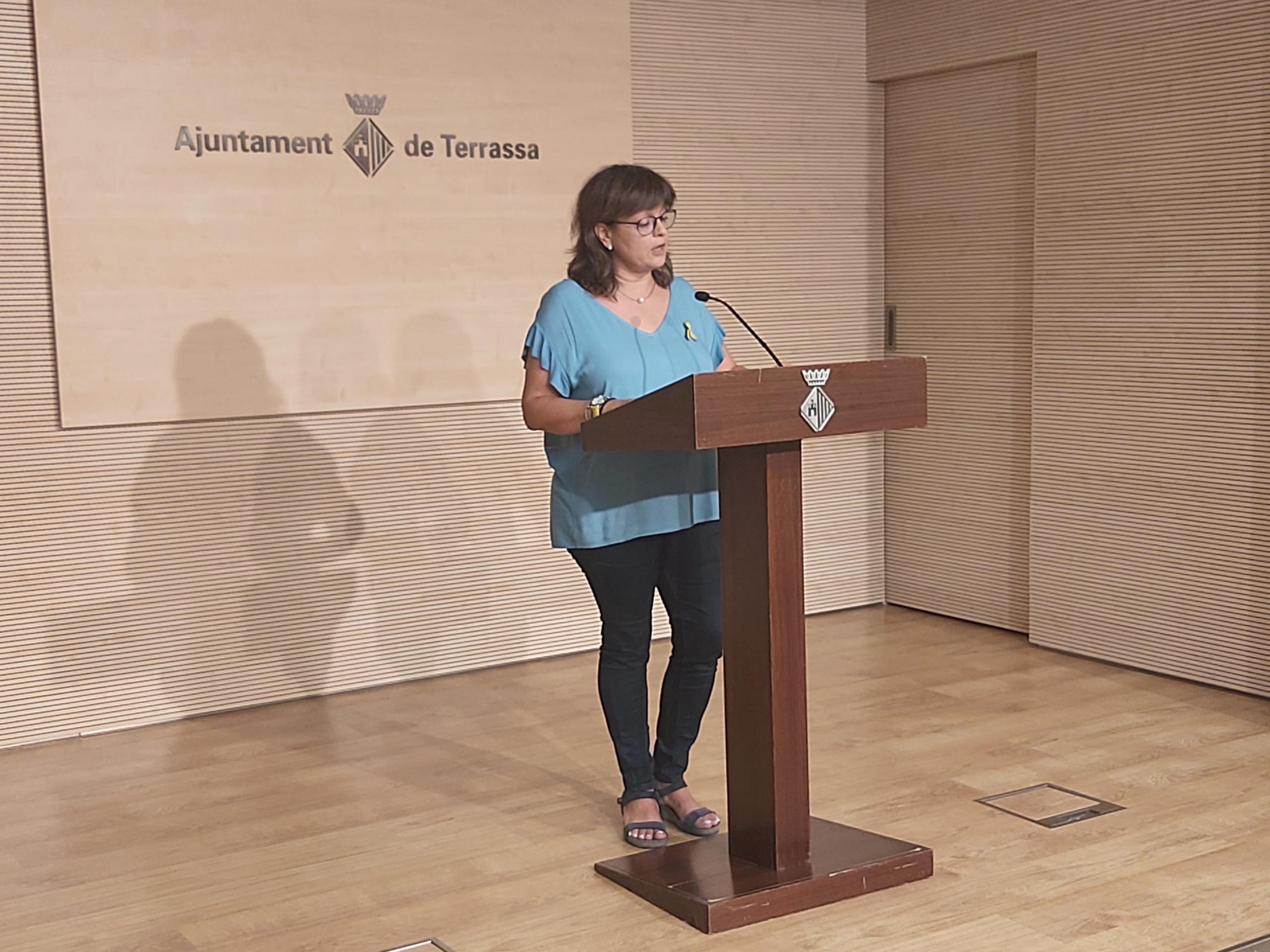 La portaveu de Junts x Terrassa, Meritxell Lluís, durant la roda de premsa d'aquest matí | Ajuntament de Terrassa