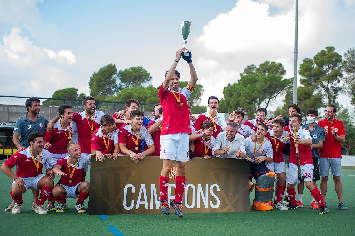 El CD Terrassa Hockey celebrant la victòria | Alann Hockey