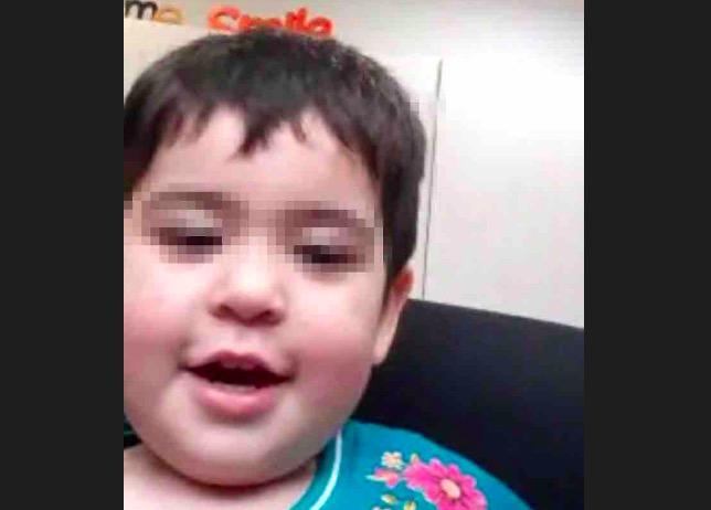 La petita Esmeralda, amb una videoconferència amb els seus tiets, a l'Argentina | Cedida