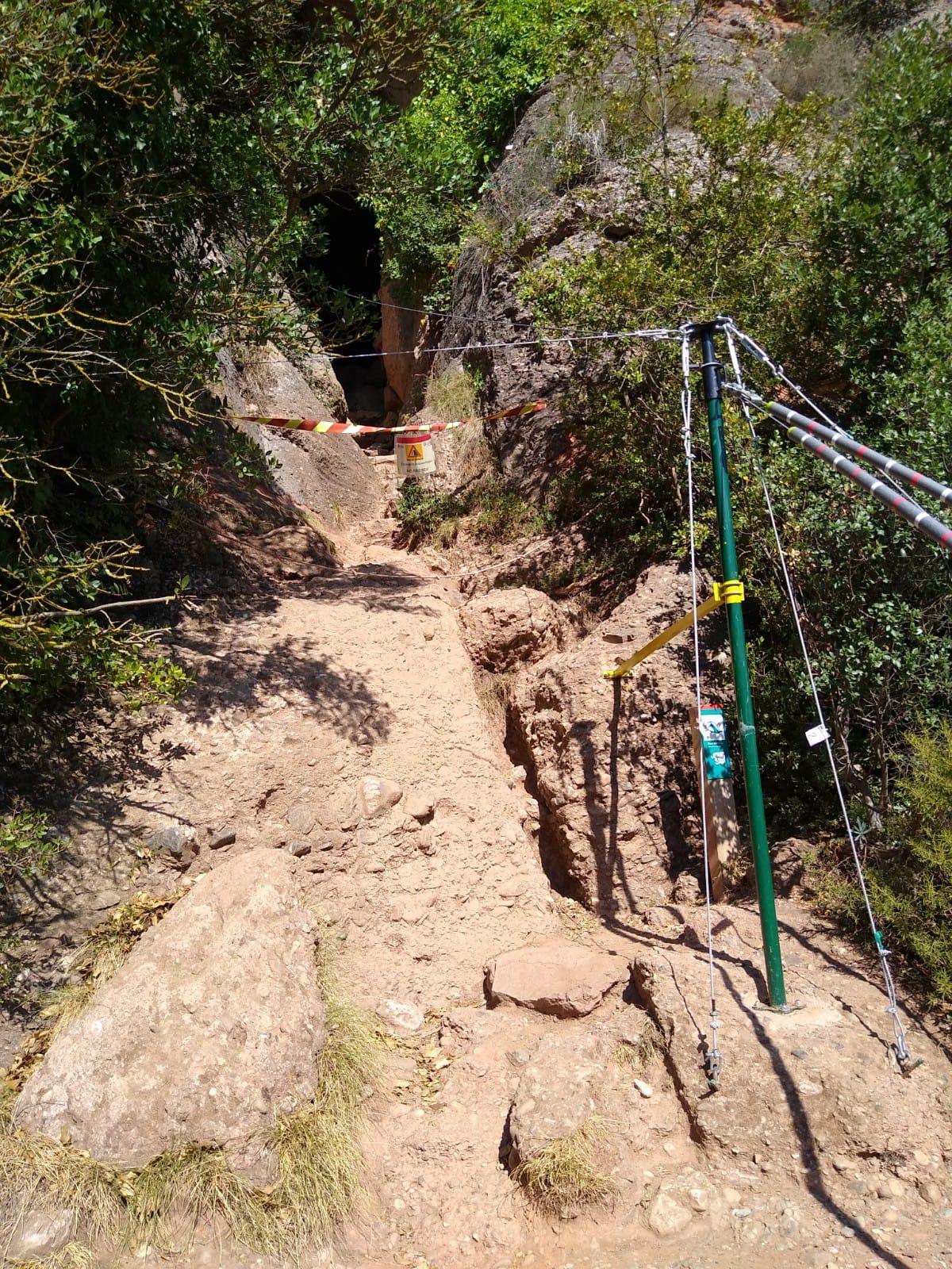 Treballs d'arqueologia a la Cova Simanya | F.T.
