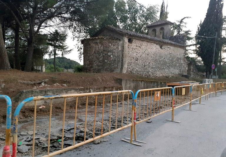 Obres de rehabilitació a l'entorn de l'ermita de Sant Miquel de Toudell | Aj. Viladecavalls