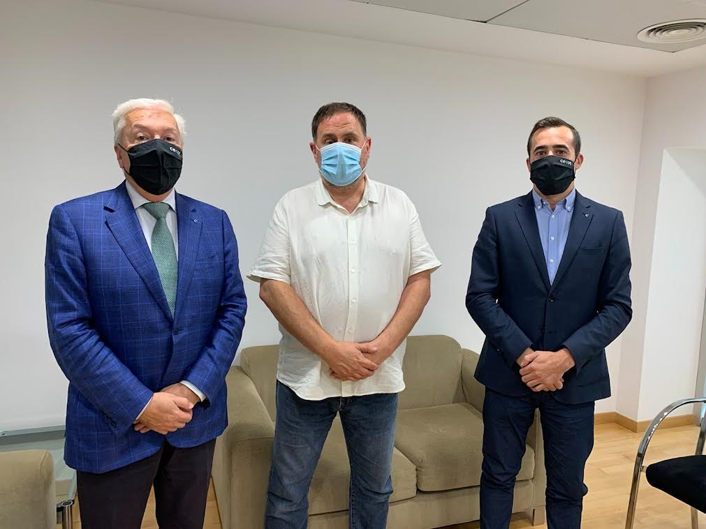 Antoni Abad, Oriol Junqueras, i Oriol Alba durant la reunió | Cecot