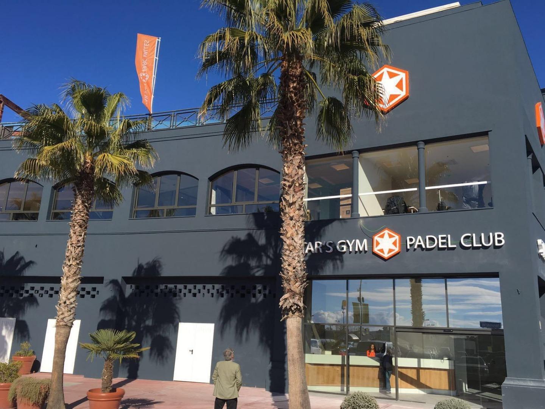 Façana del Star's Gym Padel Club | Star's Gym Padel Club