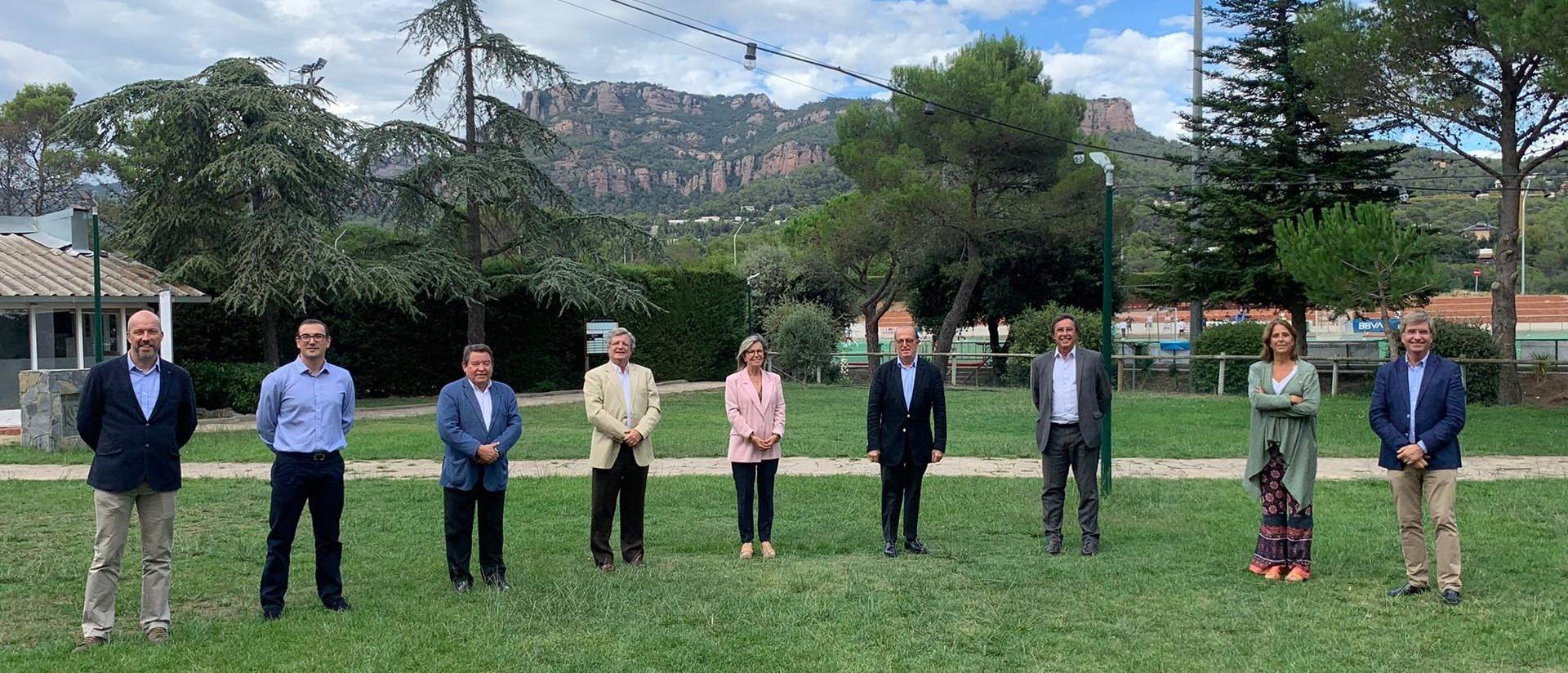 Representants de les federacions i clubs de Terrassa en una reunió per parlar del Mundial   RFEH