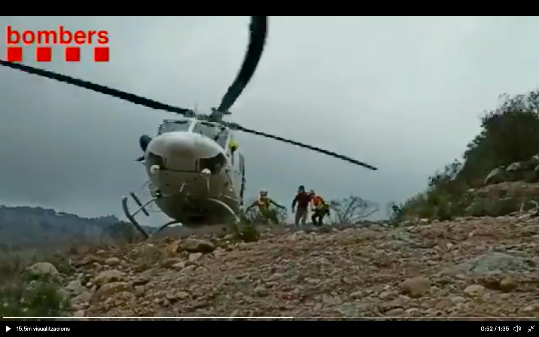 Rescat en helicòpter a La Mola per una picada d'escorpí   Bombers de la Generalitat
