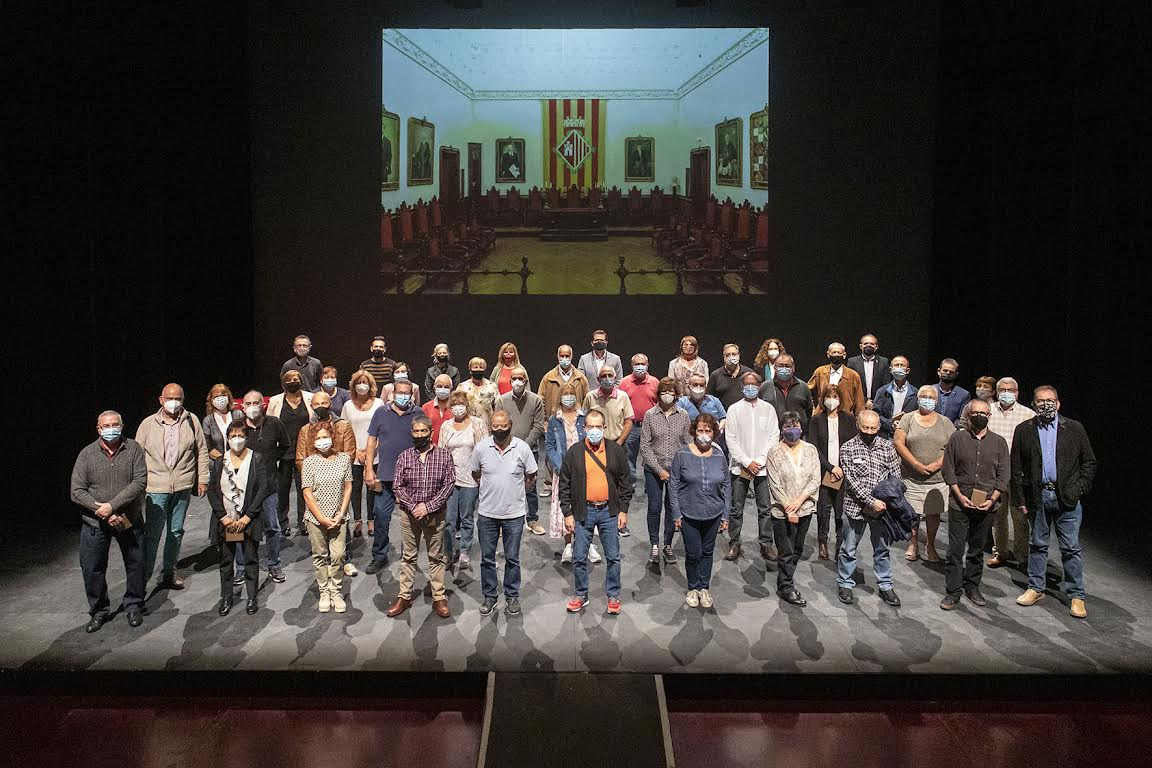 Foto grupal de les 58 persones jubilades l'any 2020   Ajuntament de Terrassa