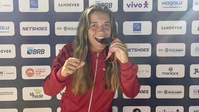 Ariadna Costa, bronze en el campionat del món de tenis platja | CD Terrassa Hockey