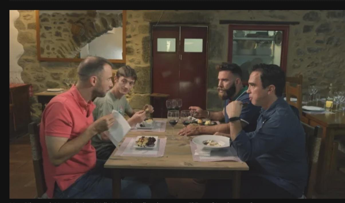 Marc Ribas amb Marc Joli, Santi Valls i Sergi Casellas al restaurant El Fau, a
