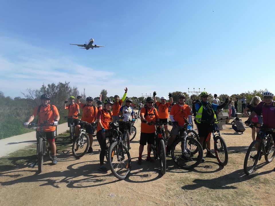 Sortida cicloturista a la zona verda d'El Prat de l'AV La Maurina | AV La Maurina