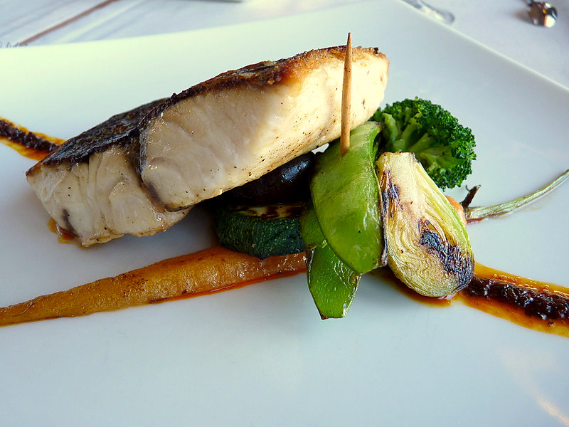 Corball amb verduretes del restaurant Korpilombolo | Flickr