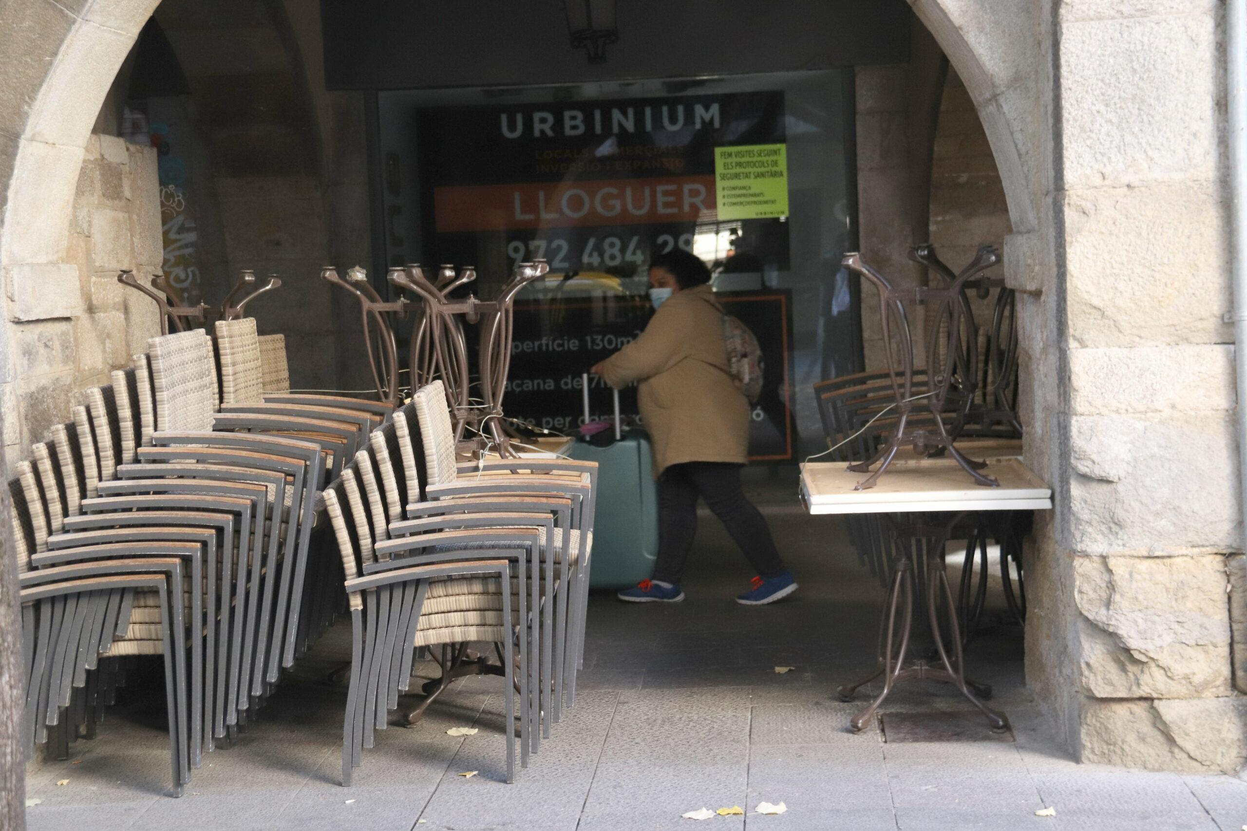 Una terrassa plegada d'un bar de Girona | ACN