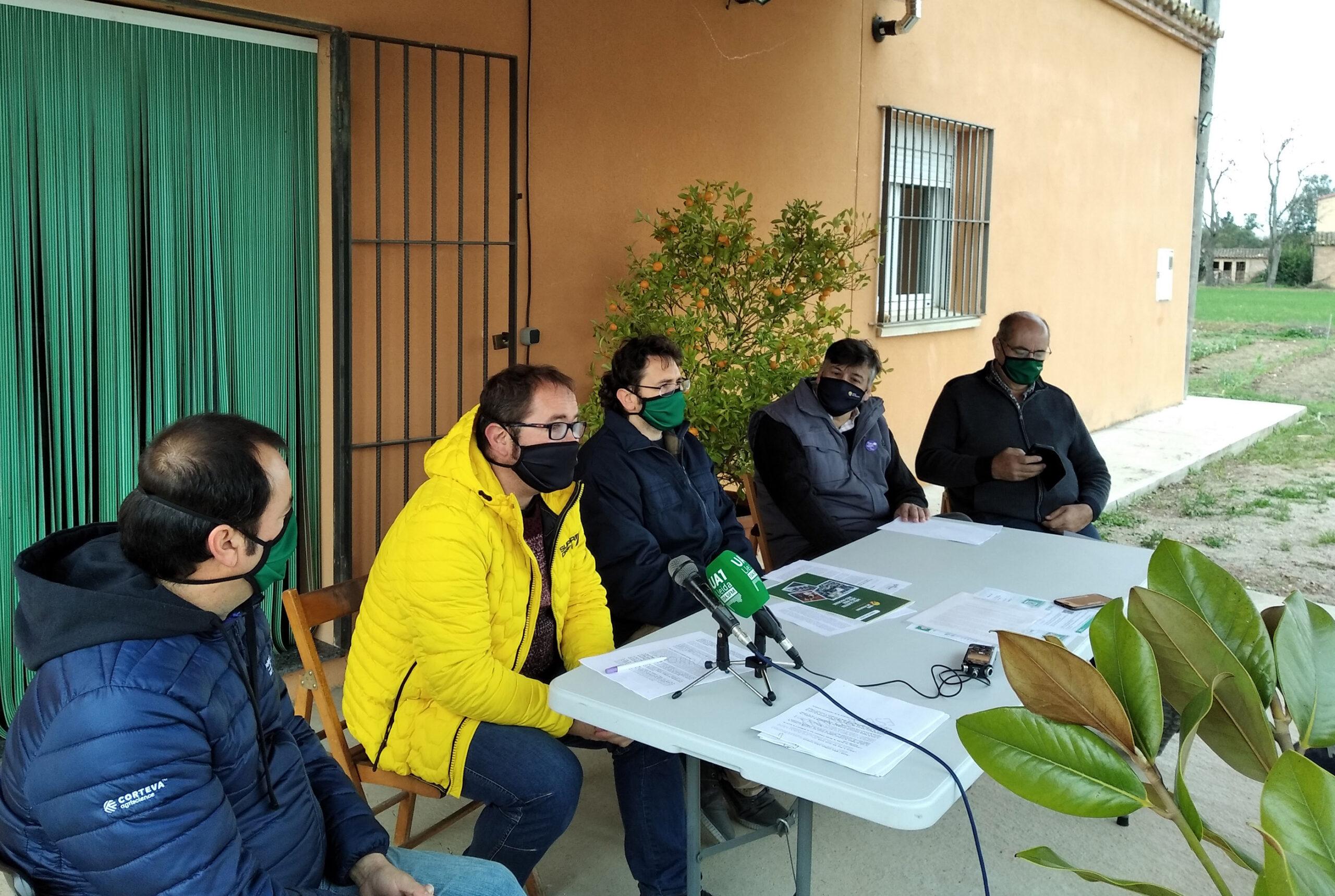 Responsables d'Unió de Pagesos durant la presentació a Lleida del programa del sindicat per a les eleccions agràries 2021 | ACN