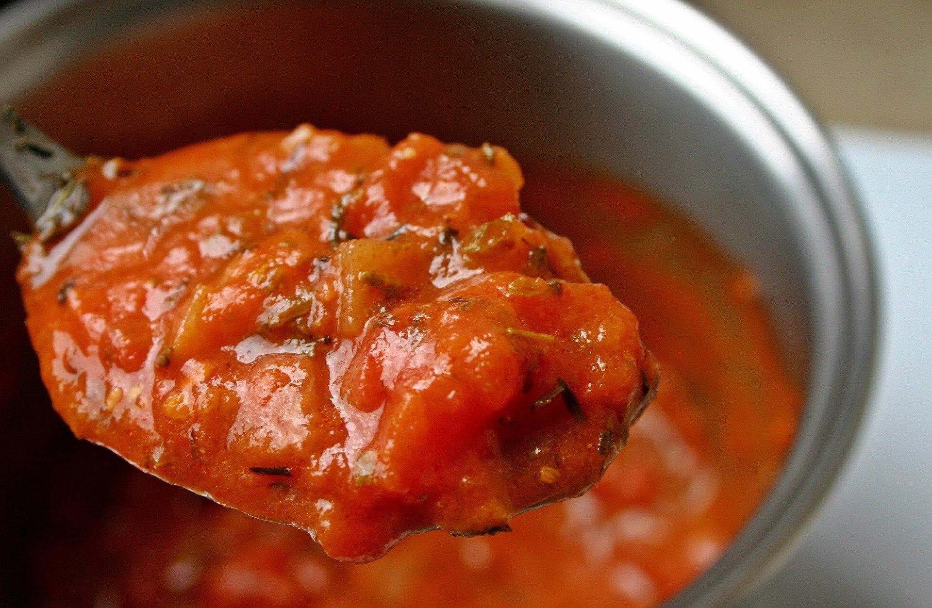 La salsa de la tonyina amb pimentó | Pixabay