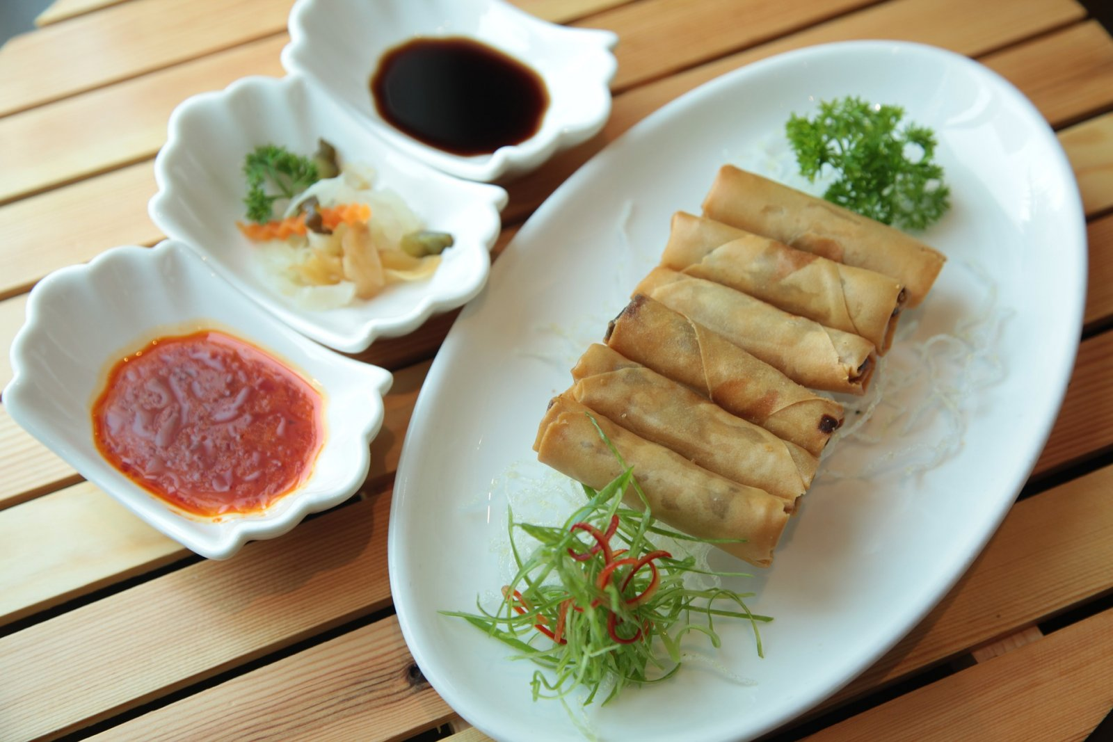 El menjar xinès conté umami, motiu pel qual genera benestar inicial però posteriorment sensació de gana