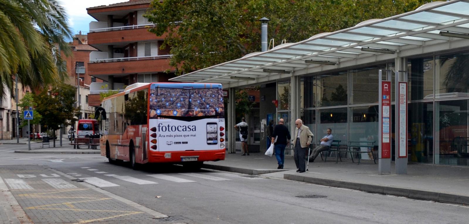 L'explotació del servei d'autobusos continua sent una pedra a la sabata de l'equip de govern