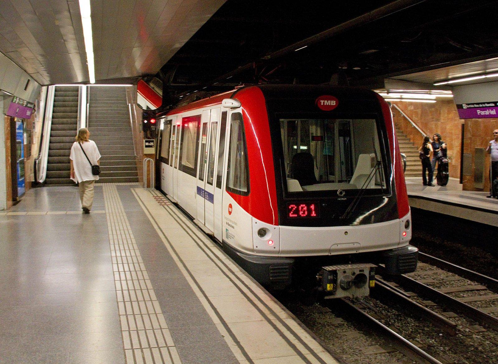 L'estacio de Metro de la Línia 2 al Paral·lel