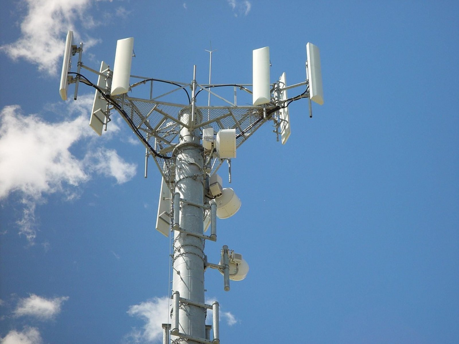 Torre de telefonia mòbil