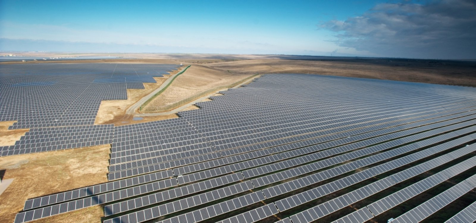 Macrocentral d'energia solar a Crimea (Rússia)