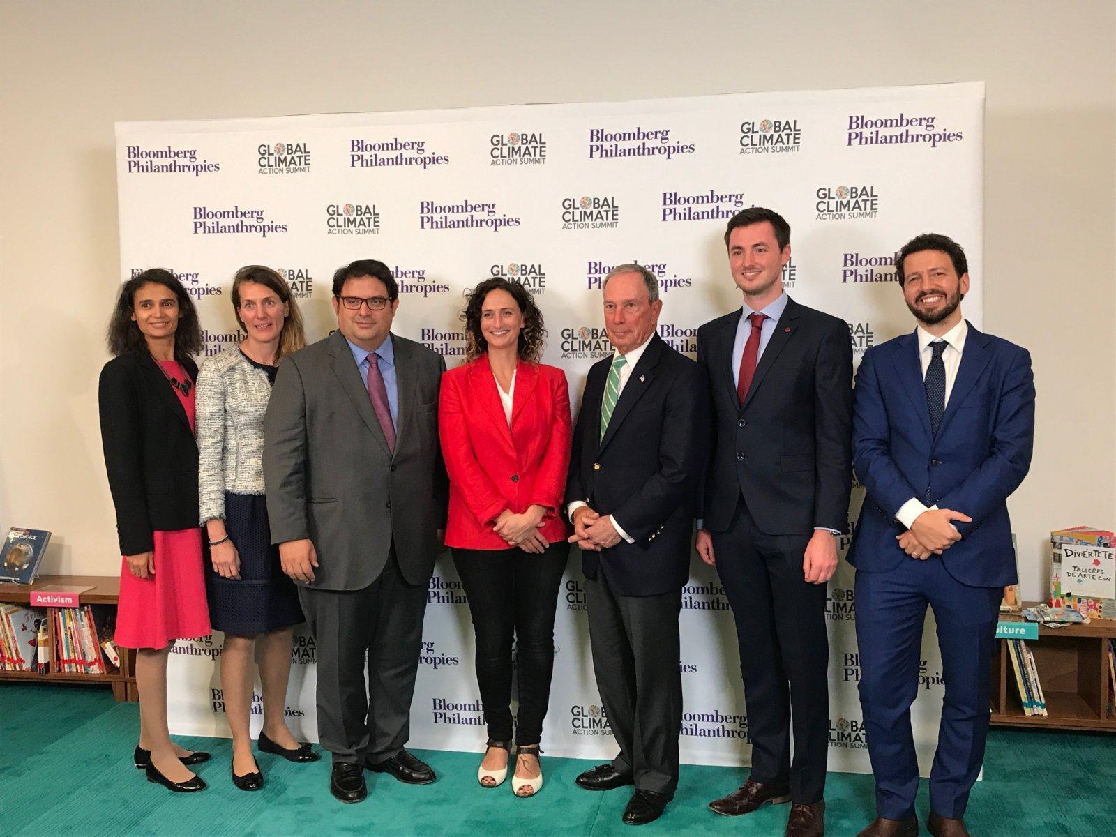 L'enviat especial de l'ONU per a l'acció del clima, empresari i exalcalde de Nova York, Michael Bloomberg, amb la delegació del Parlament Europeu