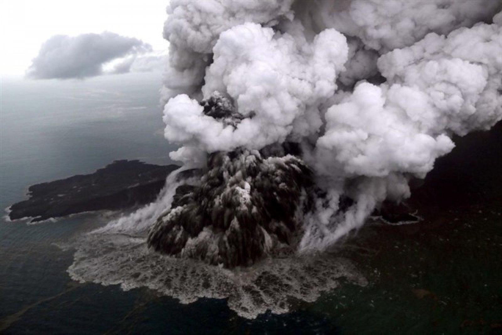 Volcà Anak Krakatoa