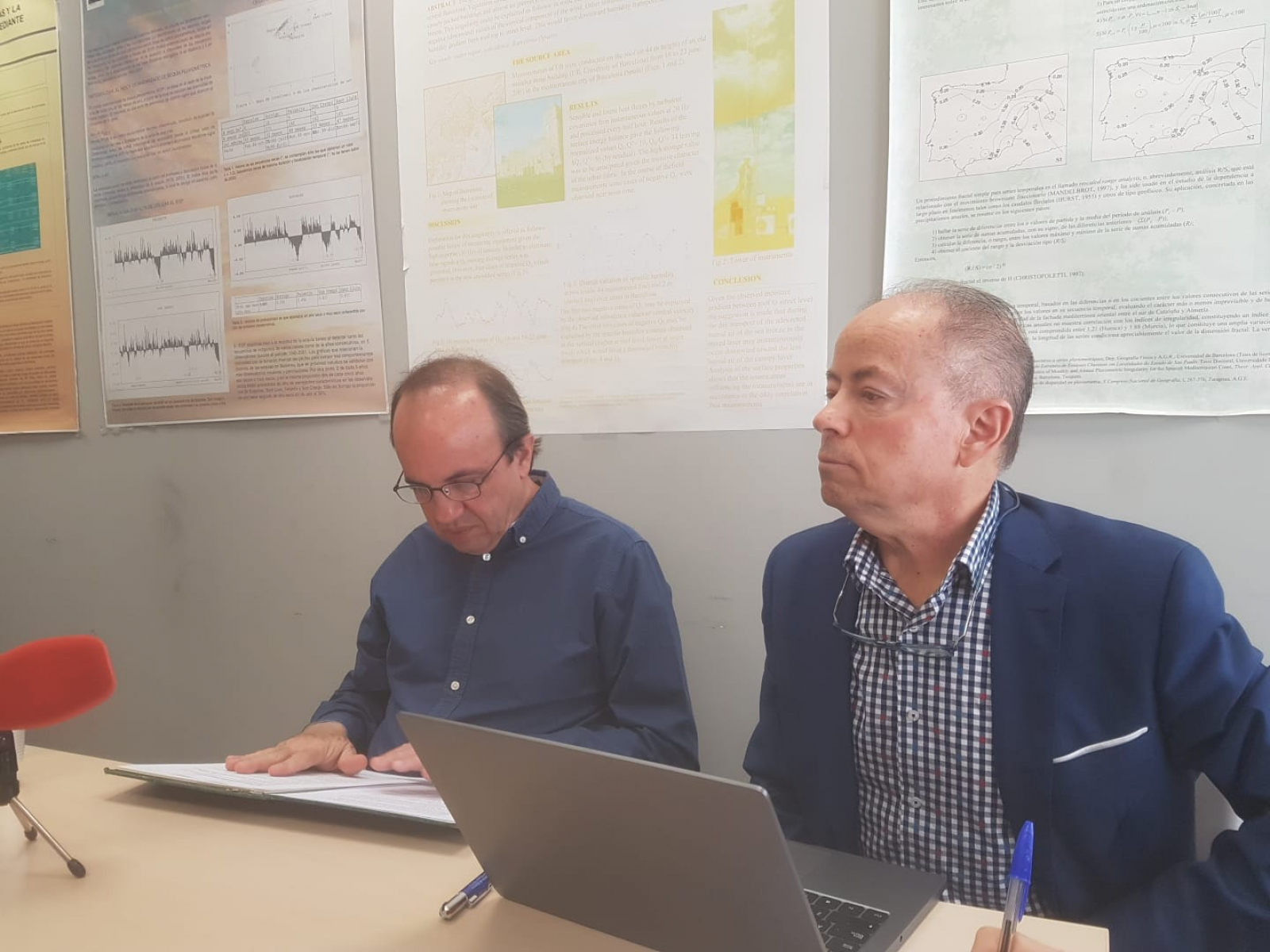 El divulgador ambiental José Lluis Gallego i el climatòleg i director de l'Institut de Recerca de l'Aigua, Javier Martin-Vide