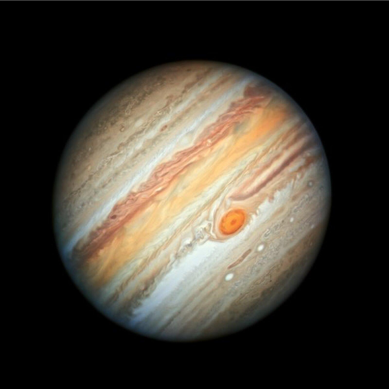 Júpiter vist pel Telescopi Espacial Hubble