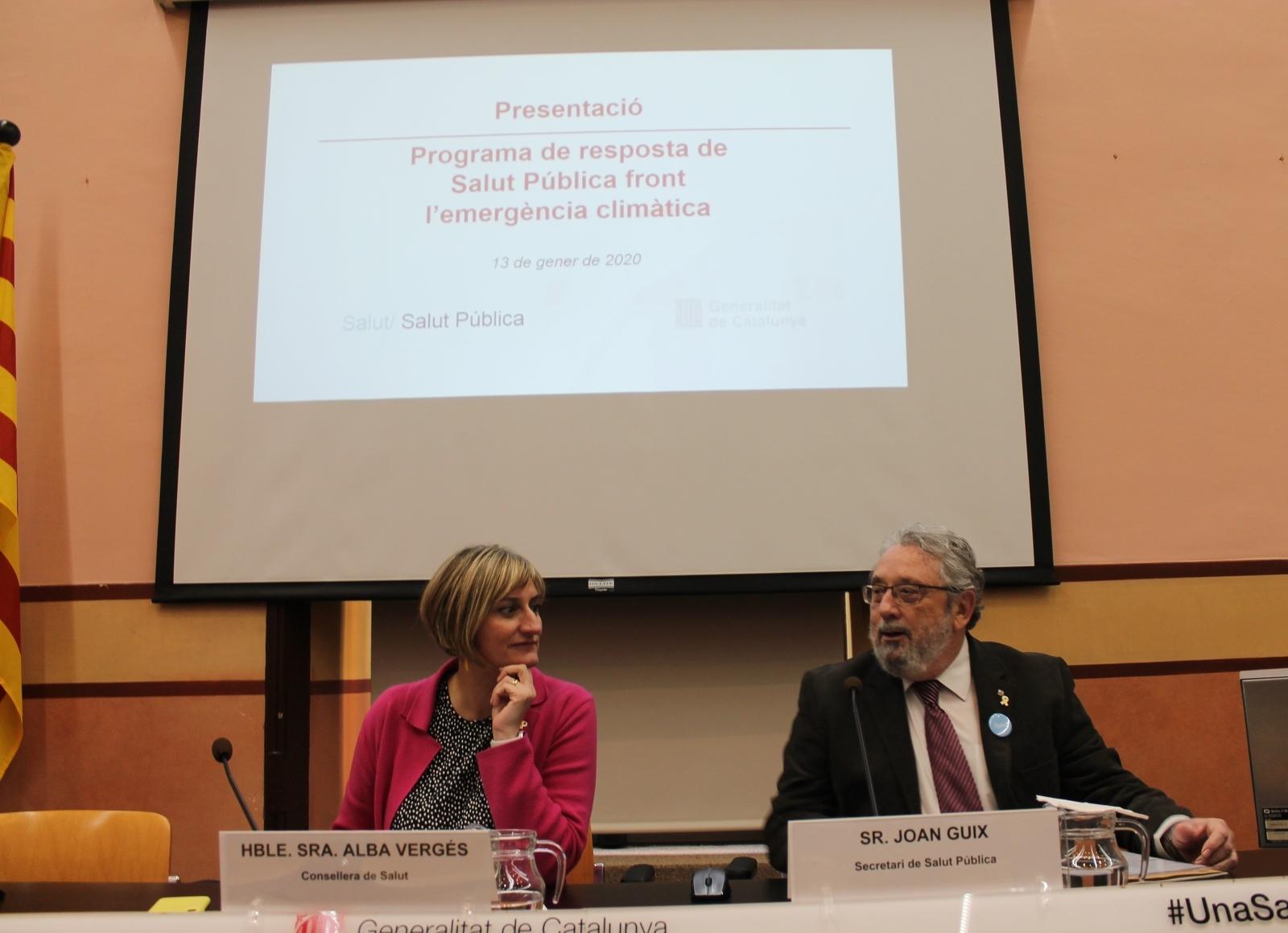 La consellera Alba Vergés i el secretari de Salut Pública, Joan Guix, durant la roda de premsa de presentació del Programa de resposta front l'emergència climàtica