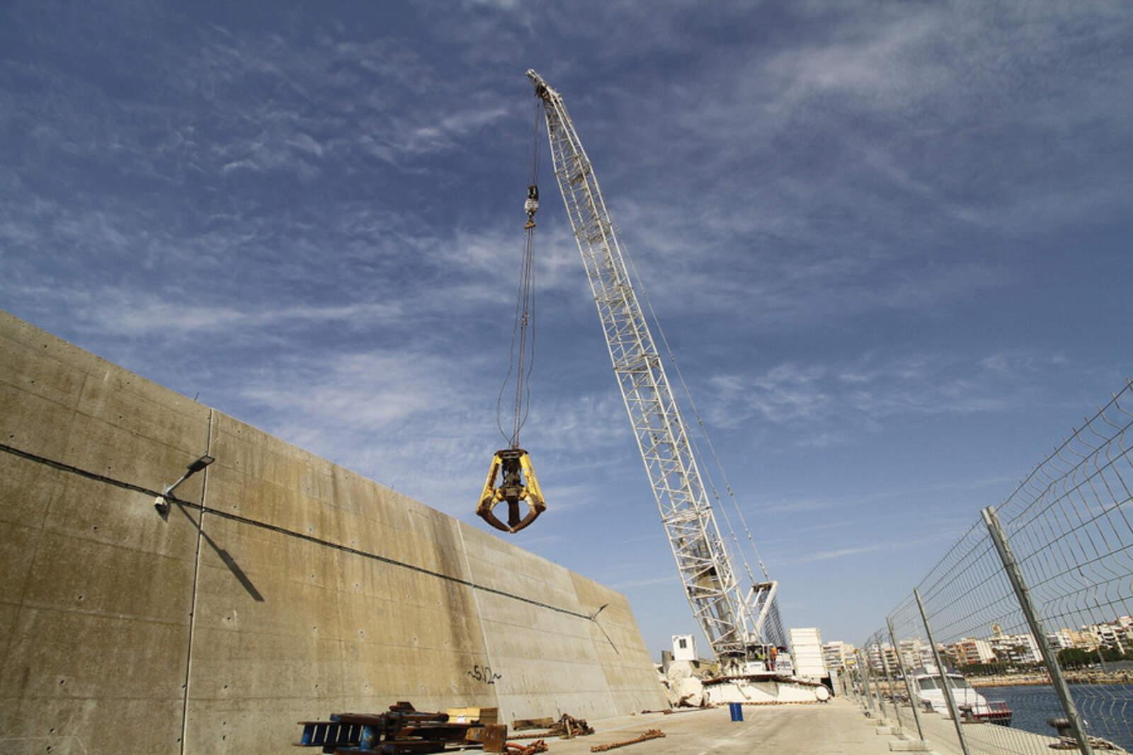 Les obres al port de Blanes