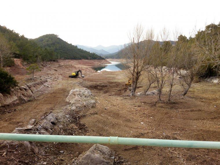 L'embassament de Darnius Boadella durant la fase de neteja  | Agència Catalana de l'Aigua