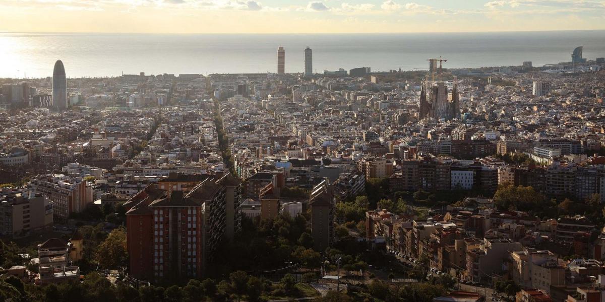 Panoràmica de la ciutat de Barcelona    Jordi Play