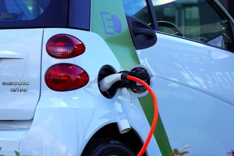 Cotxe elèctric  | Pixabay