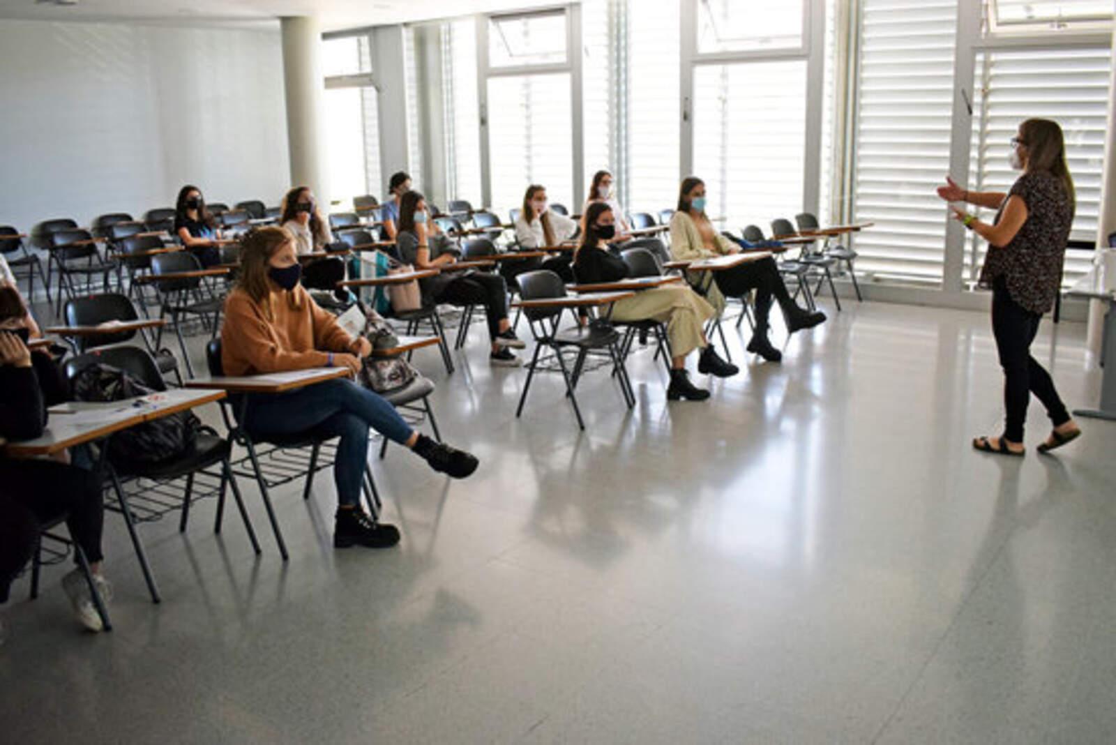 Classe universitària a la UM Manresa