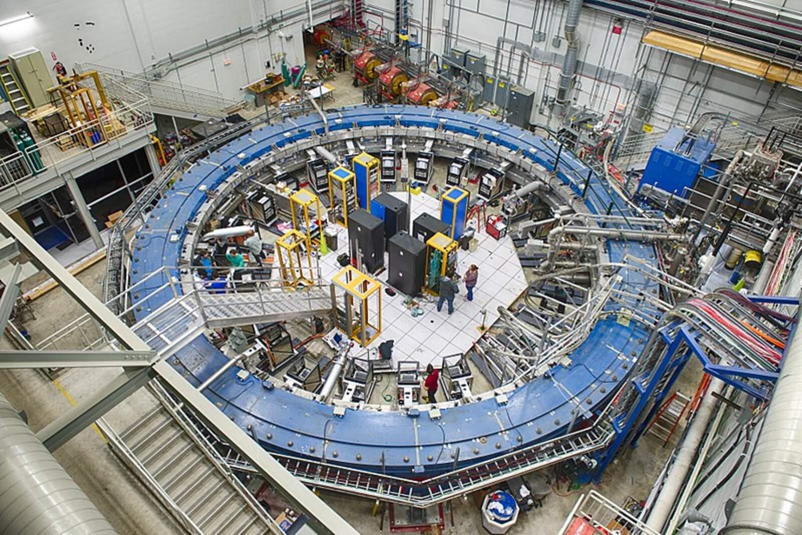 L'anella emprada per a l'experiment Muon g-2 al Fermilab (Batavia, Illinois)