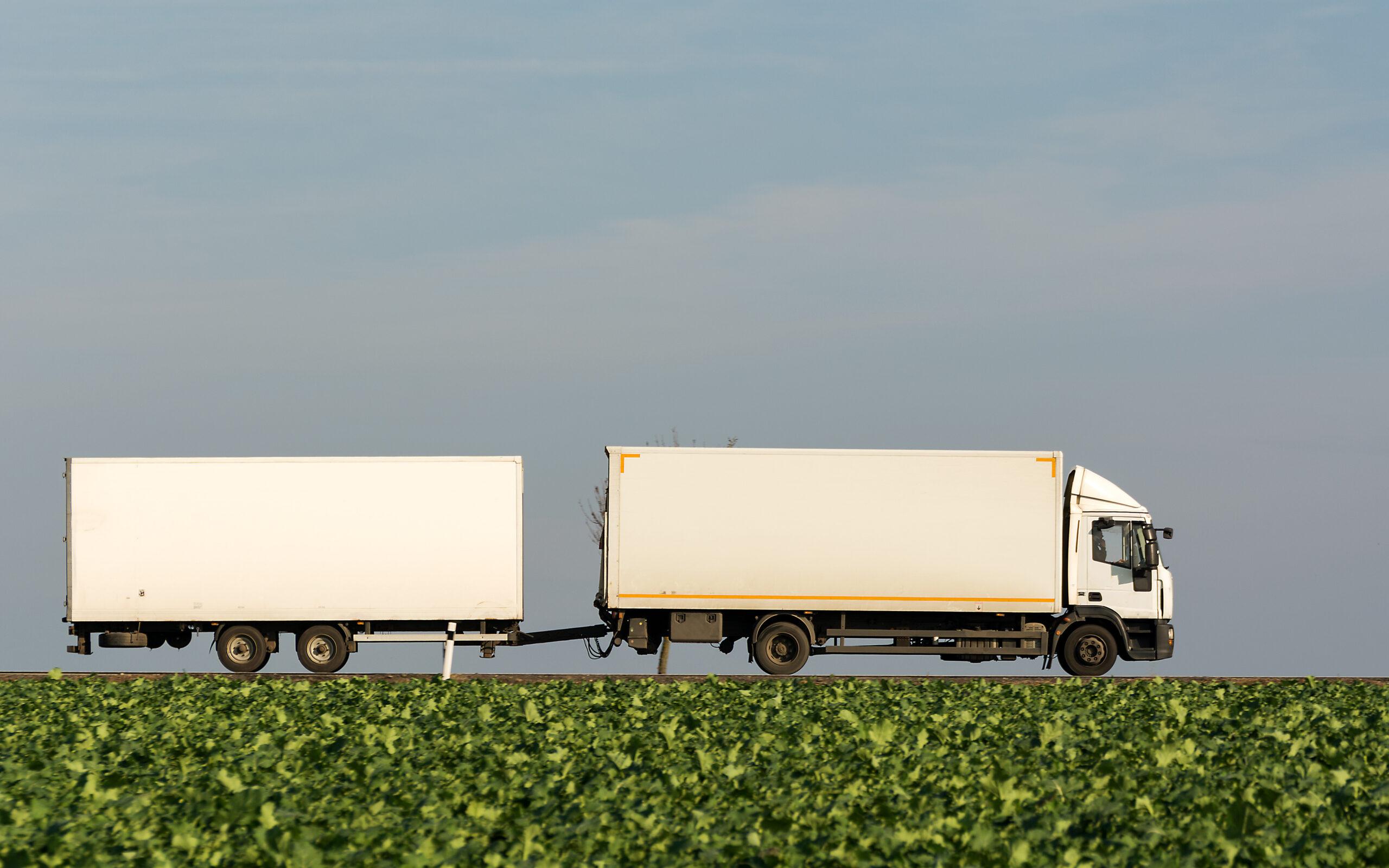 Camió de transport de mercaderies | LibreShot