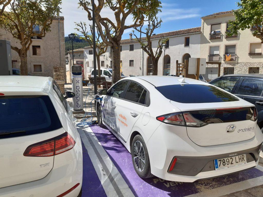 Carregadors per a vehicles elèctrics | Endesa