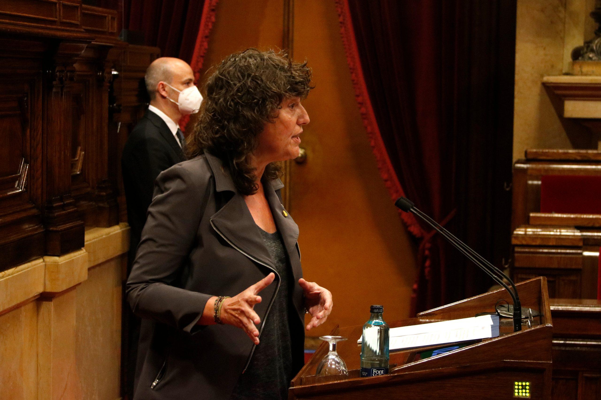 La consellera d'Acció Climàtica, Alimentació i Agenda Rural, Teresa Jordà, al Parlament | ACN