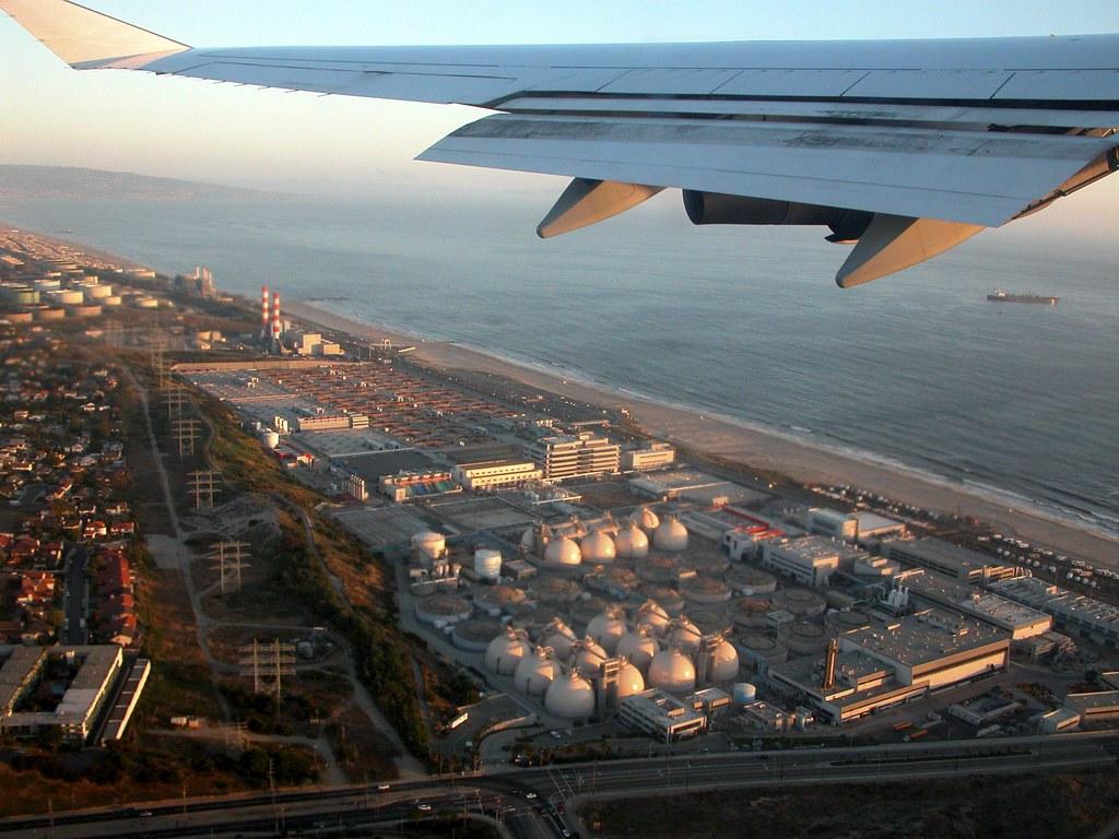 La planta Hyperion vista des d'un avió acabat d'enlairar de l'aeroport de Los Angeles | Flickr