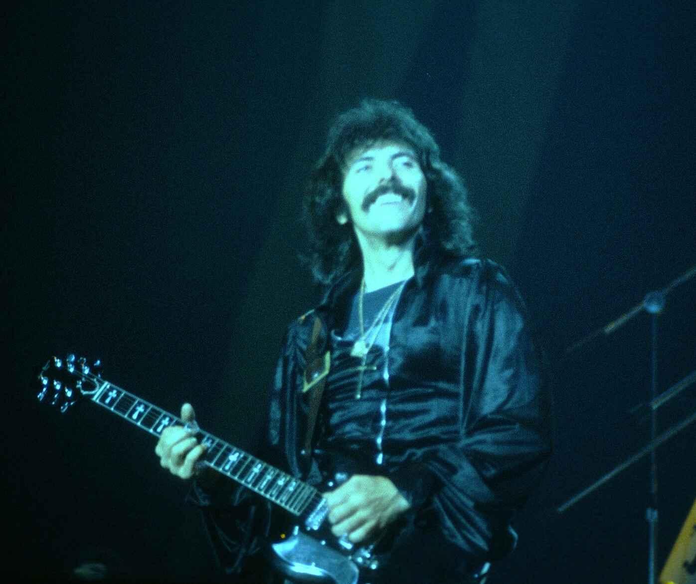 Tony Iommi en una imatge d'arxiu   Wikimedia Commons